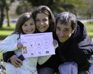 une famille de trois sur le touquet raid pas de calais
